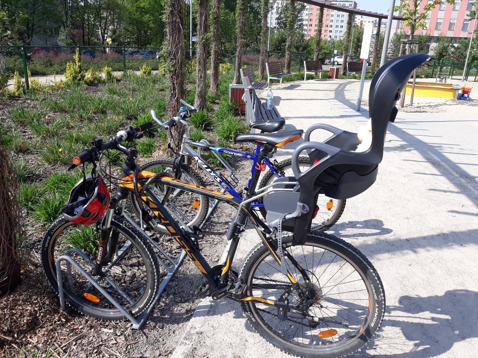 Fotelik rowerowy OK Baby dla dzieci do22 kilo.