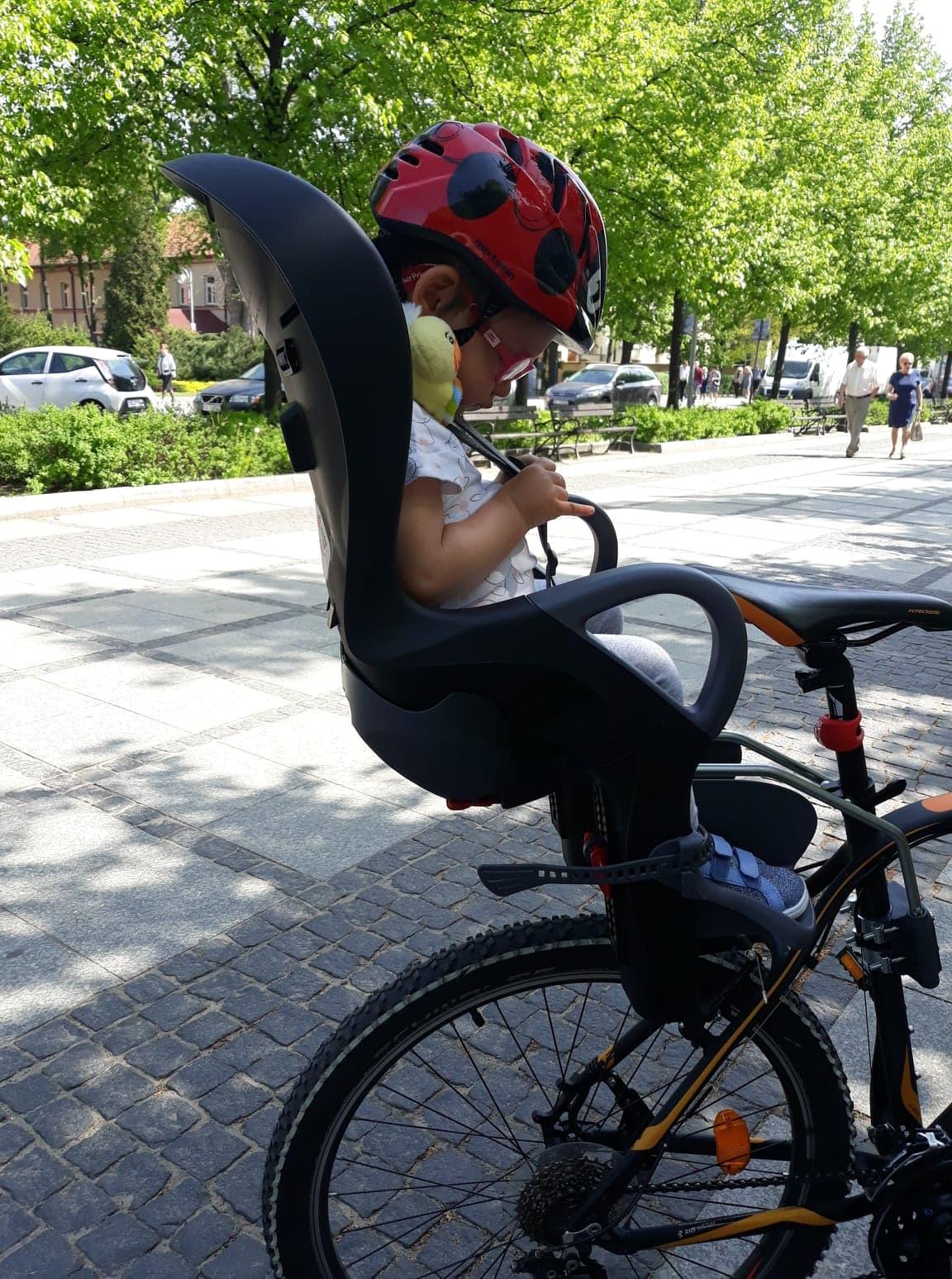Fotelik rowerowy OK Baby dla dzieci od10 miesiąca do22 kilo.