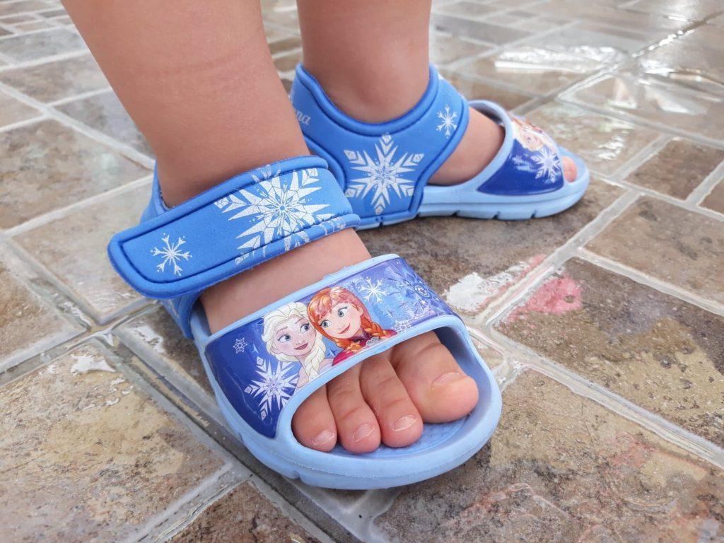 Buty dowody, sandałki dla dzieci CCC, Kraina Lodu.