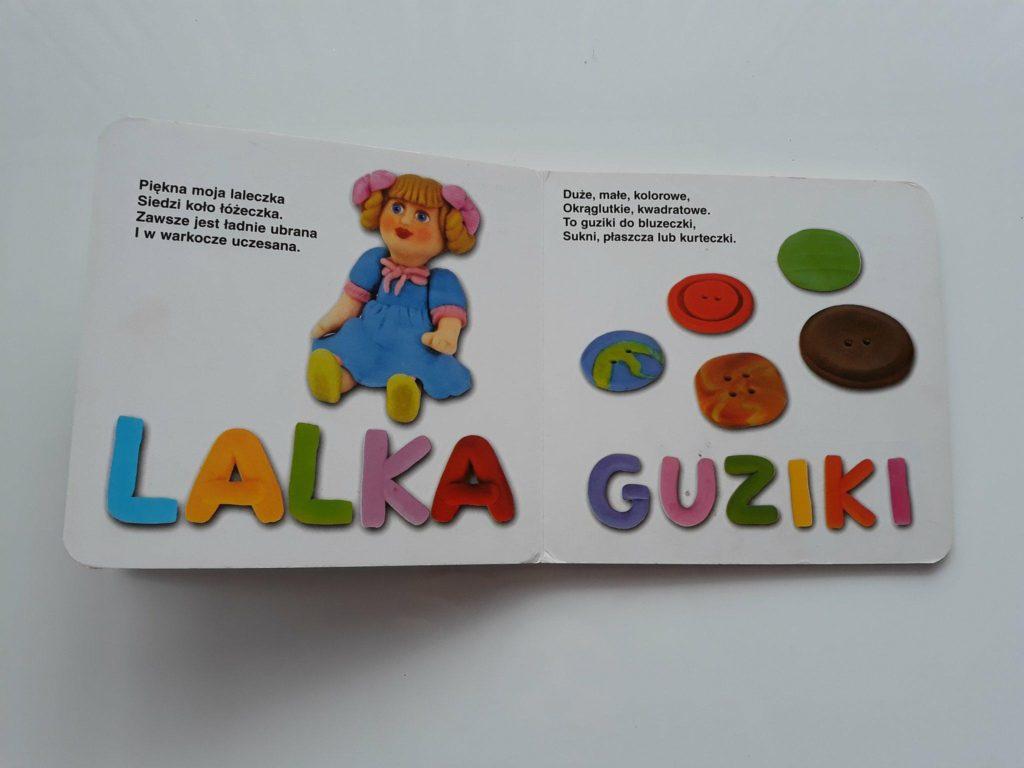 Książka Przedmioty: lalka, guziki. Dziecko poznaje świat.