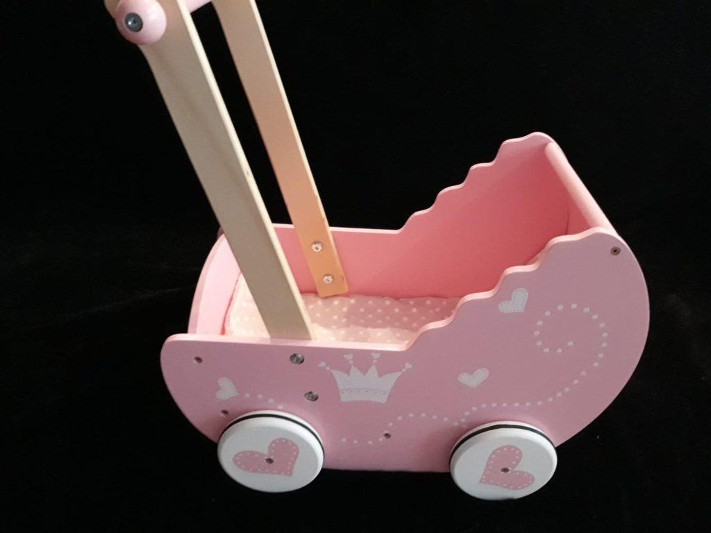 Wózek dla lalek. Drewniany, różowy.