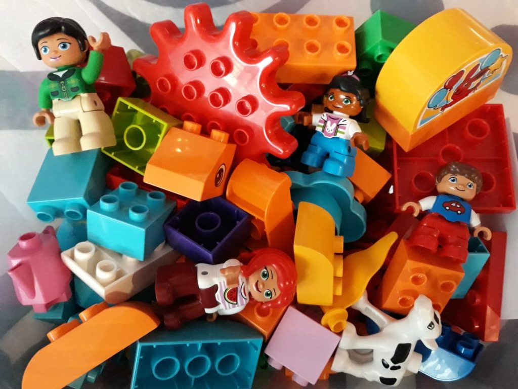 Klocki naprezent Lego Duplo.