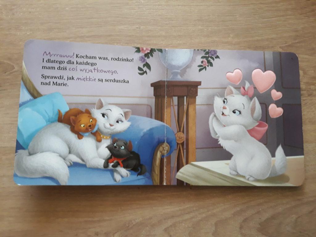 Wszyscy kochają Marie. Książeczka dotykowa +18 miesięcy.