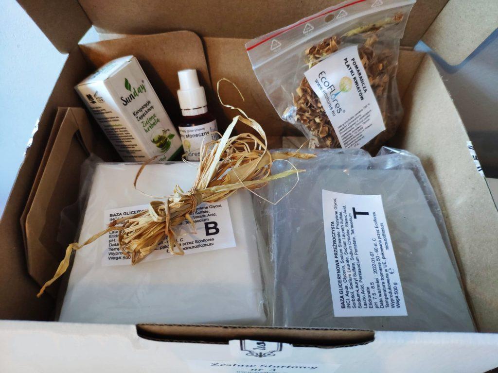 Zestaw Startowy doprzygotowania mydełek EcoFlores.