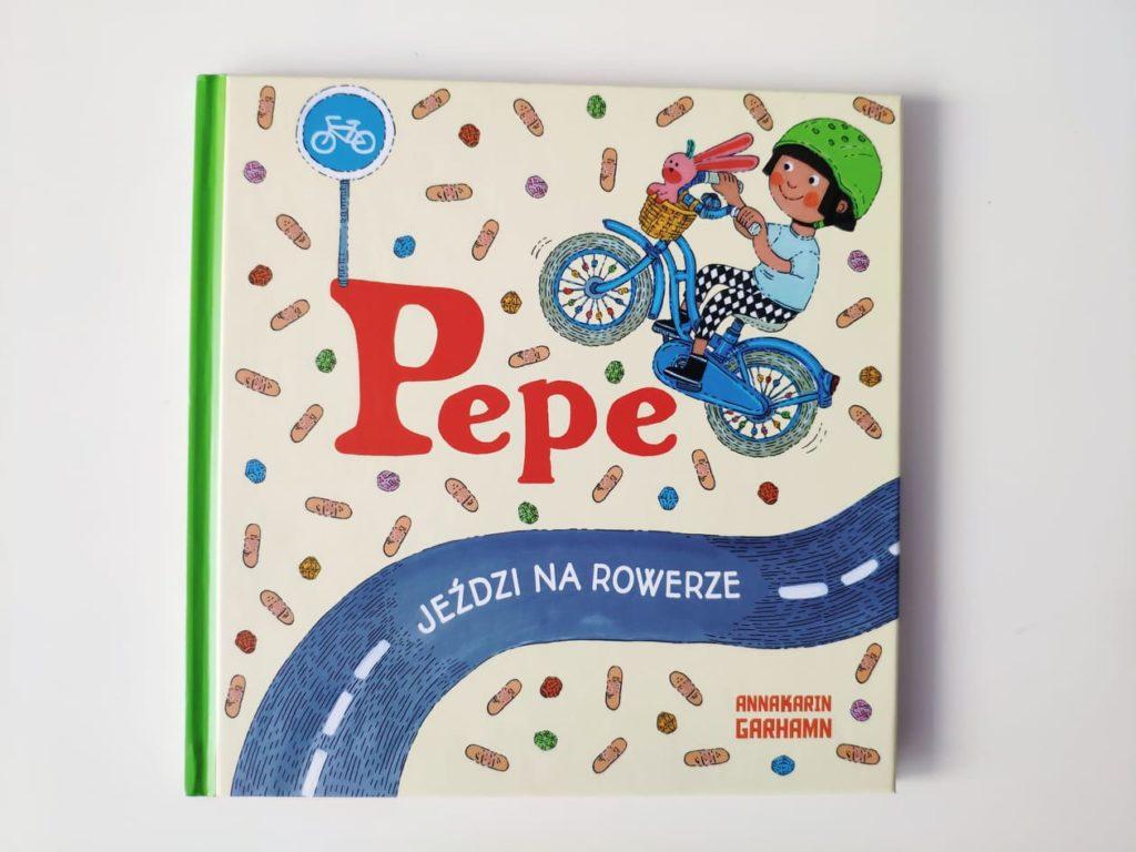 Pepe jeździ narowerze.